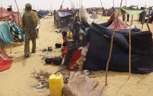 Malian refugees at the Mali-Niger border.UNHCR